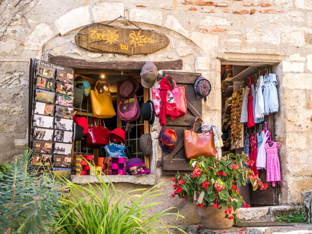 shopping in saint cirq lapopie