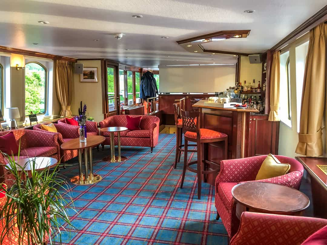 Spirit Of Scotland lounge area