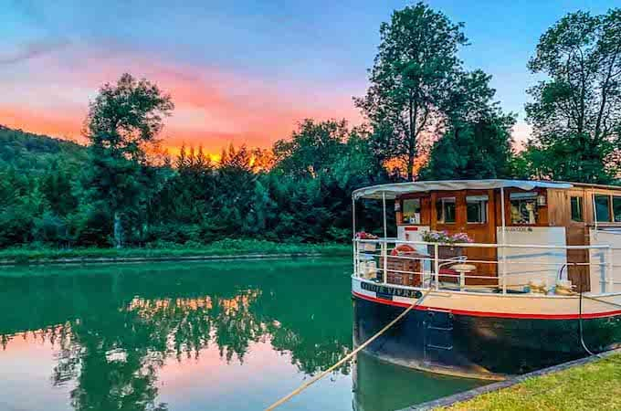 sunset savoir vivre barge cruises in France feature