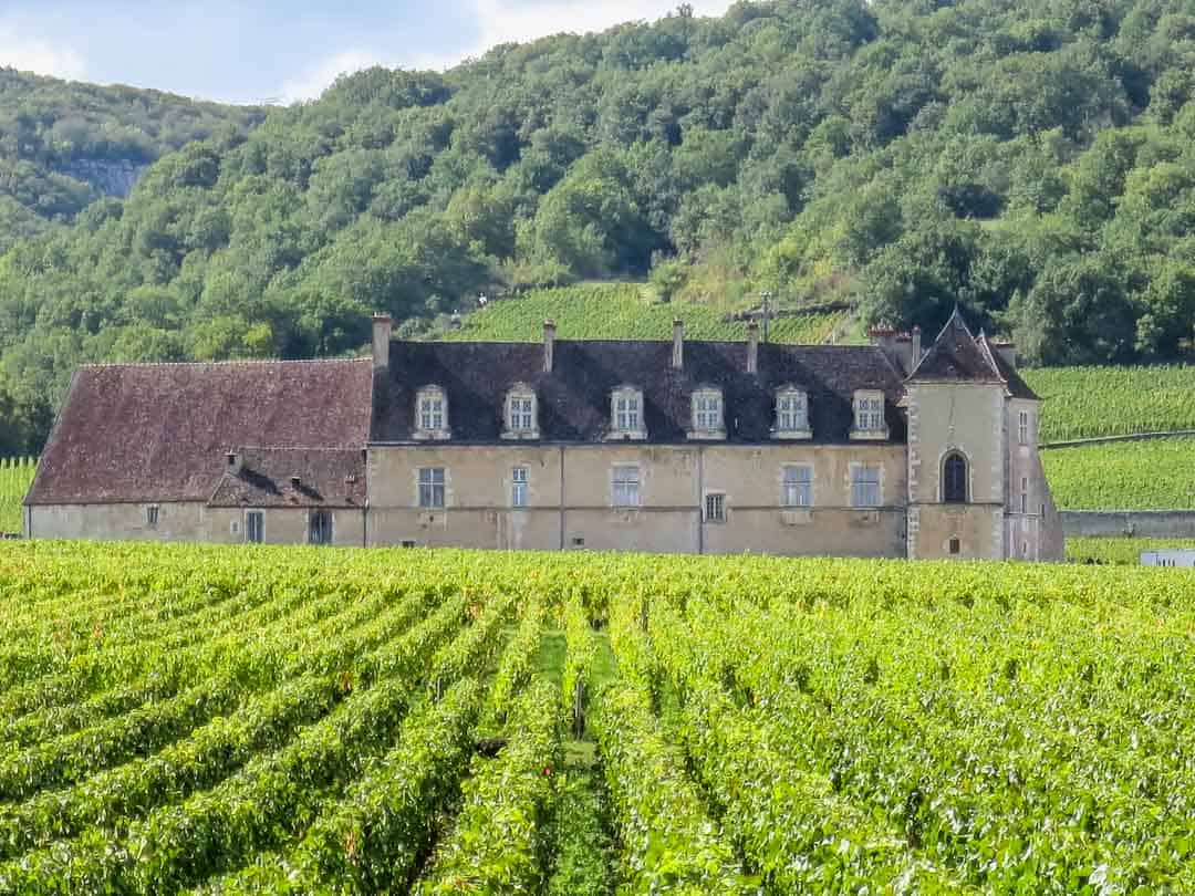 burgundy grand crus route close de vougeot