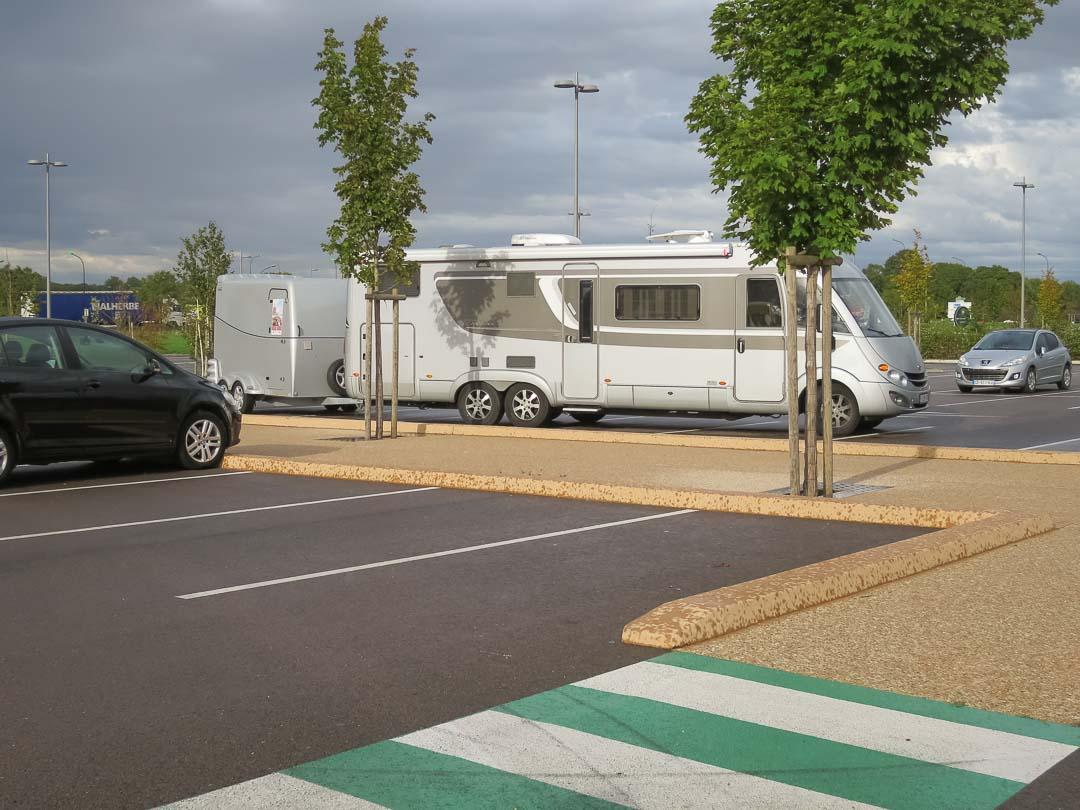 parking large motorhome in france