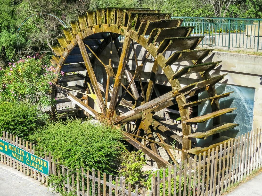fontaine de vaucluse water wheel