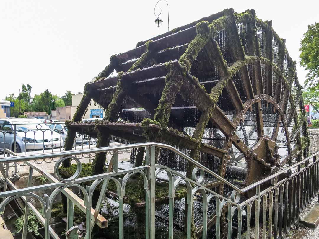 l'isle sur la sorgue waterwheel