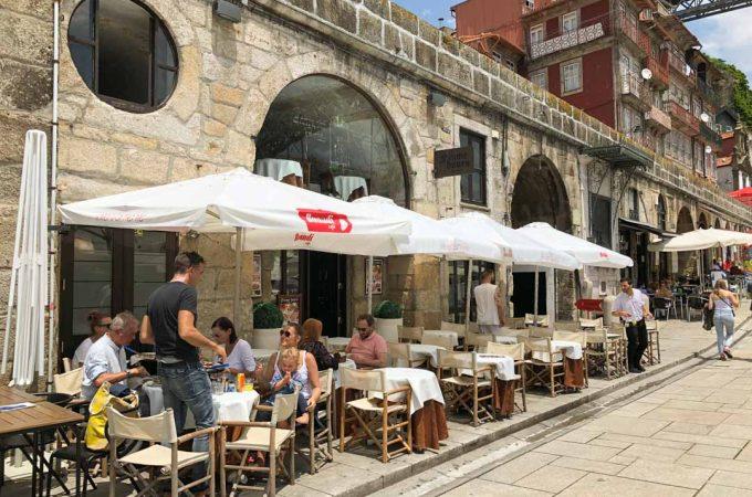 cafes ribeira porto portugal