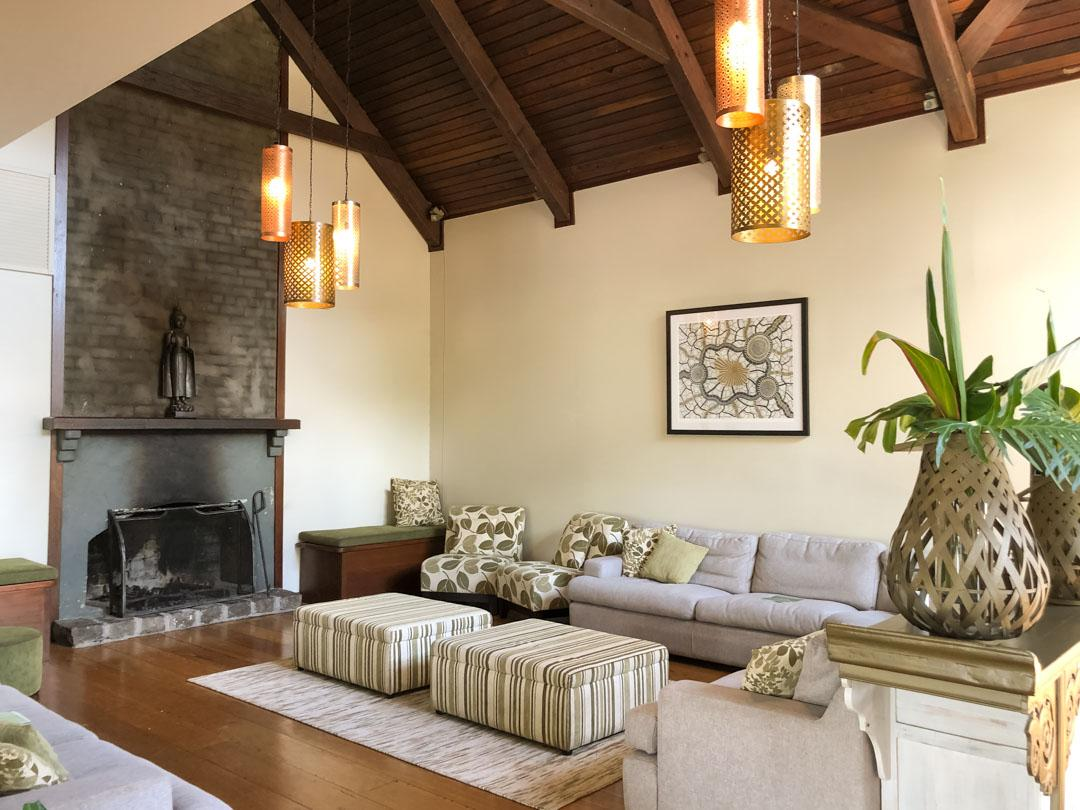 gwinganna lounge